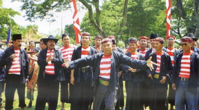 Suku Madura dari Jawa Timur