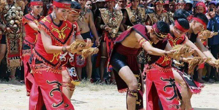 upacara adat Kalimantan Barat